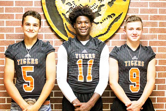 Players of the week- Players of the Week against Woodville #5 Jace Stout- Defense, #11 DeJuan Hall – Special Teams & #9-Grisham Vaught